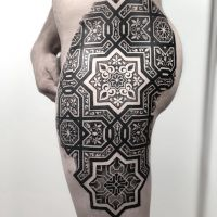 Geometric, Dotwork, Blackwork